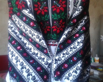 Ukrainian embroidered blouse, modern, S-M, handiwork,Ukraine