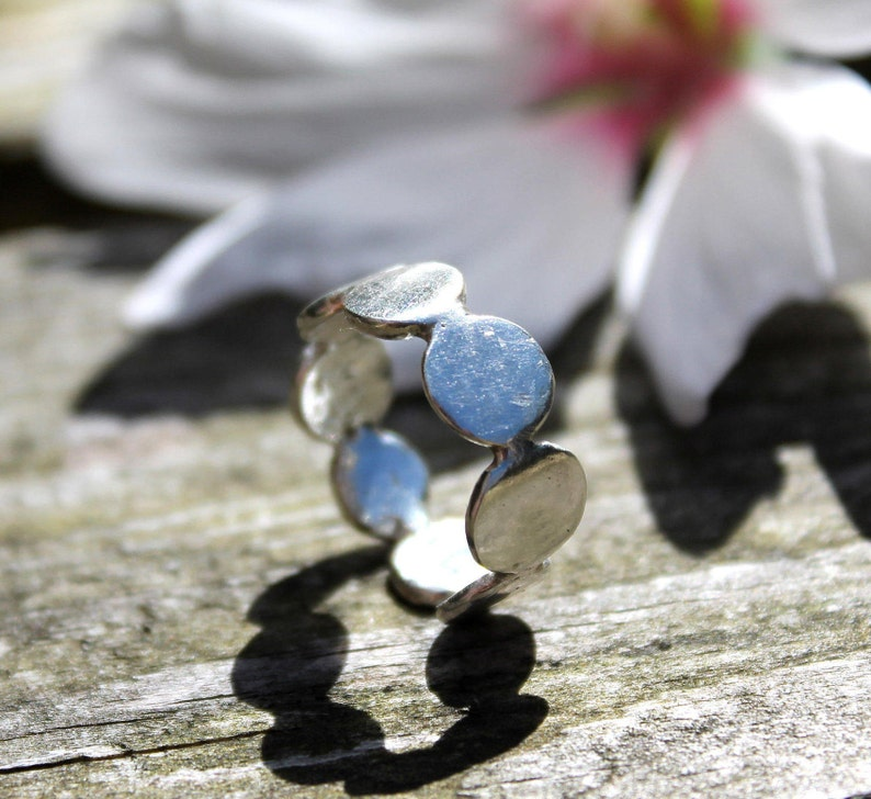 Stepping Stones Pebbles Ring Recycled Sterling Silver Zero image 0