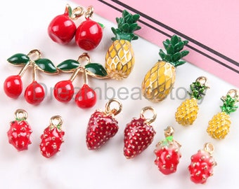Strawberry Charm//Pendant Tibetan Antique Silver 17mm  10 Charms Accessory Crafts