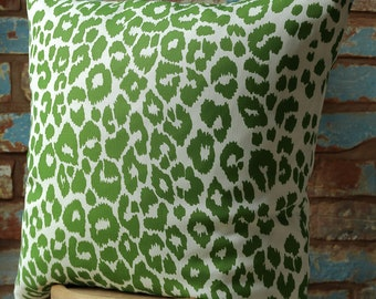 Iconic Leopard Linen Pillow Cover w