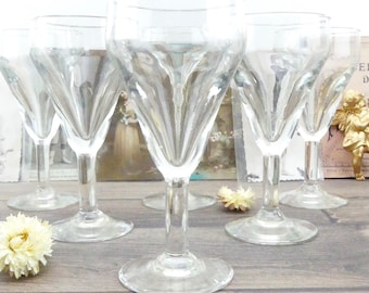 Old glasses - wine - aperitif glasses - glasses footed glasses - glasses - french glasses - old glasses - french bar