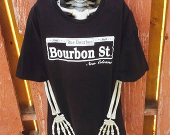 Bourbon Street New Orleans Tee Size Large