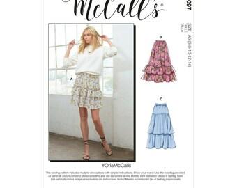 McCalls sewing pattern M8097 - skirt - waist skirt - step skirt - 3 variants