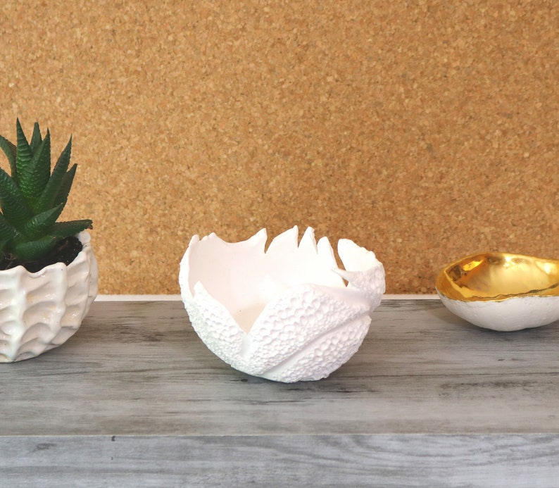 002 by Keramunzel KERA-MYSTIC Bowl coral made of PORCELLAN natural and elemental handmade Nr