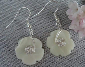 Flower Dangly Earrings Silver Plated Jewellery Dangle Drop Vintage Mother Pearl Button Handmade Mother Bride Something Old Bridal Wedding