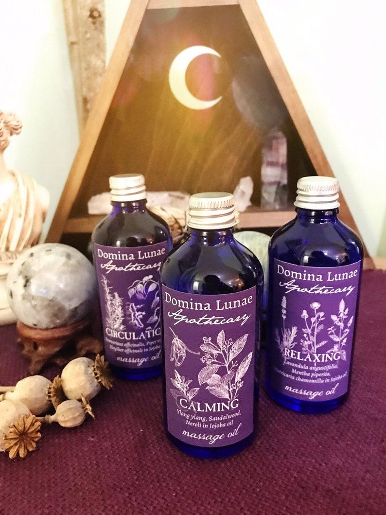 Aromatherapy massage oil blends
