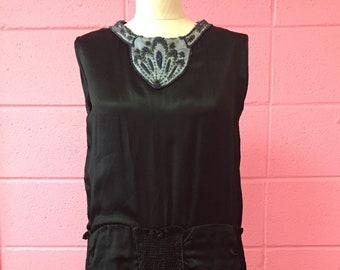 ee0fe6e224f 1920 s silk beaded dress
