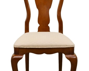 Superbe UNIVERSAL FURNITURE Cherry Splat Back Queen Anne Style Dining Side Chair