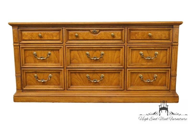 THOMASVILLE FURNITURE Serenade Collection 66 Triple Dresser 21211-130