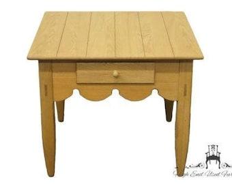 LEXINGTON De Cristofaro Collection End Table 411-944