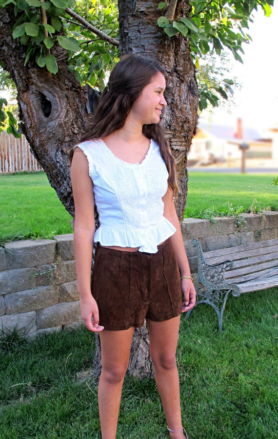 Vintage 70s Suede Shorts + High Waisted + Brown Le