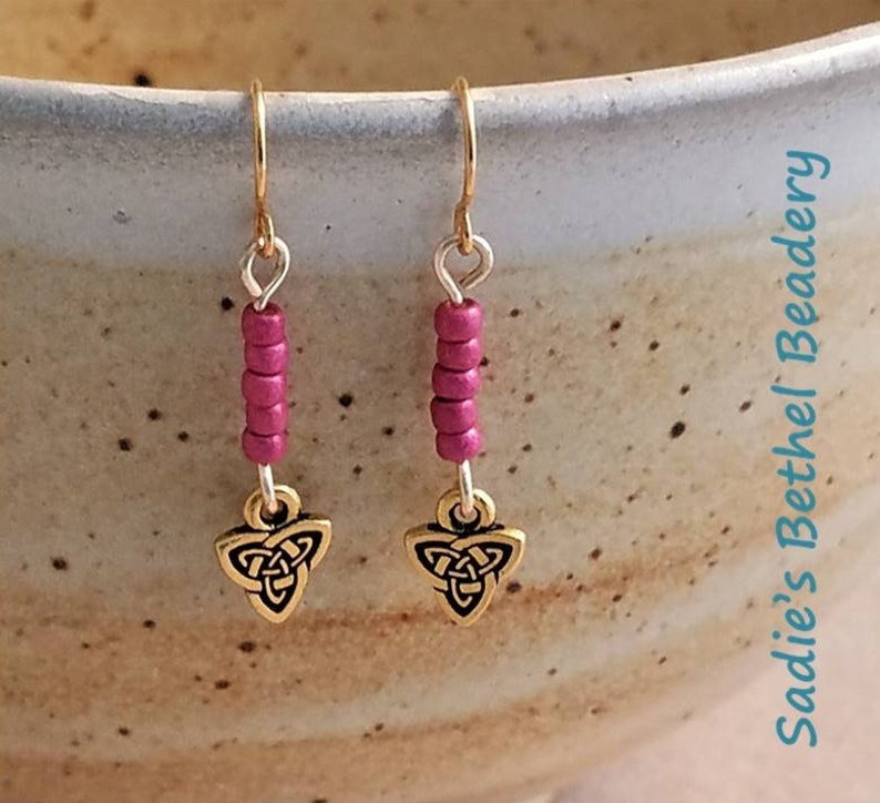 Bright Pink Bead Stack with Gold Celtic Triad Charm Earring