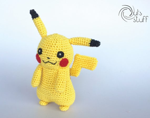 Patron au crochet Pikachu | Sabrina's Crochet | 451x570
