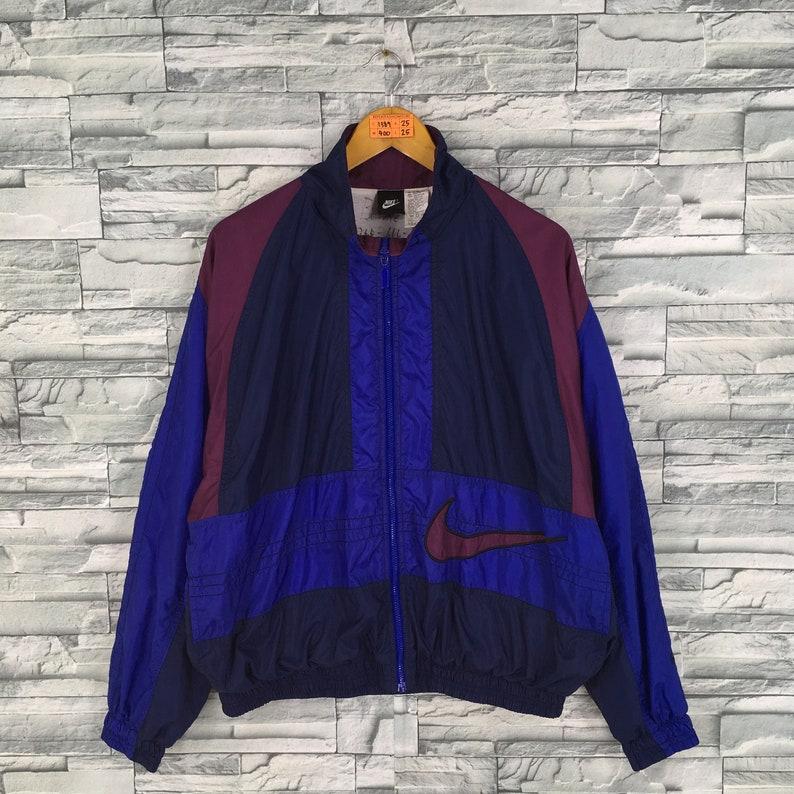 ba75a67d78c06f Vintage 90 s NIKE Windbreaker Jacket Medium Nike Spell Out
