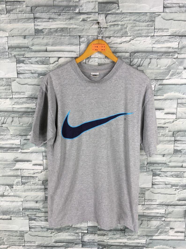 finest selection 12b91 041e5 Vintage NIKE T shirt Medium 1990s Nike Swoosh Big Logo   Etsy