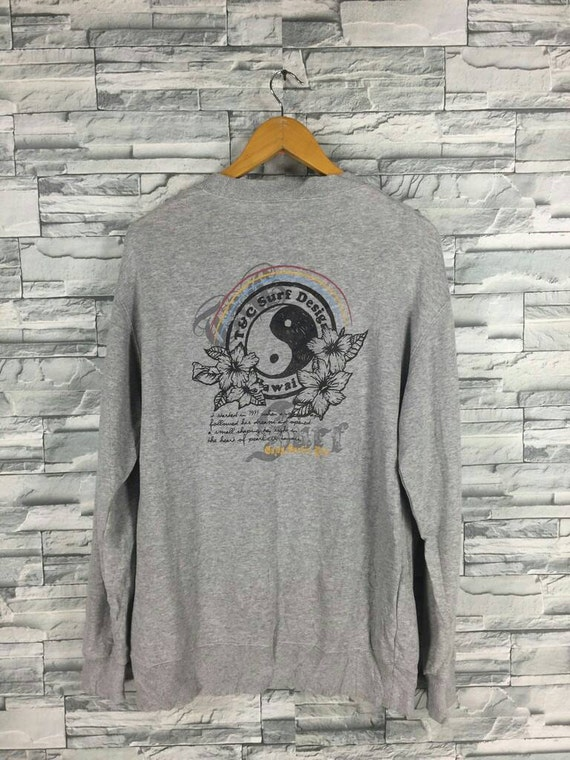 8d830afe0f140 Vintage 90 s T C Surf Design Medium Jumper Crewneck Surf