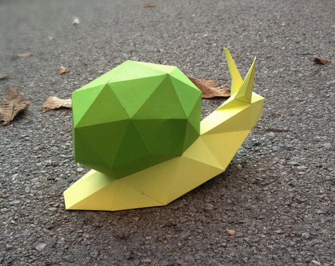 Printable Paper Model Of A Snail - Folding Diy Template