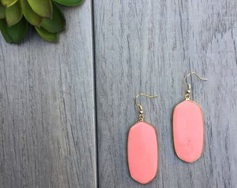 Coral earrings // Fast and free shipping