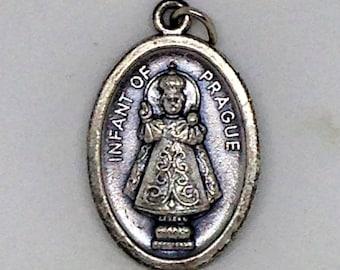 8e339d1e283 Vintage Infant of Prague Medal, Infant of Prague Italy Medal, Silver Saint  Medal, Infant of Prague, Saints Medal Pandant