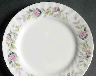 Vintage (1960s) Creative Japan Regency Rose 2345 bread-and-butter, dessert, or side plate. Pink rose garland with greenery, gold edge.