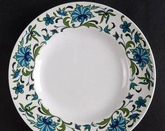 Retro vintage (1970s) Midwinter Spanish Garden salad or side plate. Jessie Tait design made in England. Sold individually.