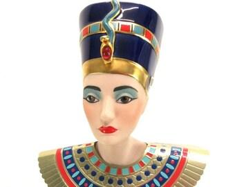 Vintage (1987) Franklin Mint porcelain bisque Heirloom Doll of Queen Nefertiti.