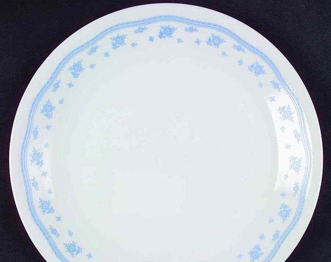 Vintage (1970s) Corelle | Corning USA Morning Blue large dinner plate. Small blue flower garland, blue lines and dots.