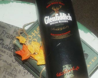 Vintage (early 1990s) Glenfiddich collectible tin or coin bank. Collect tips tin at the home bar!