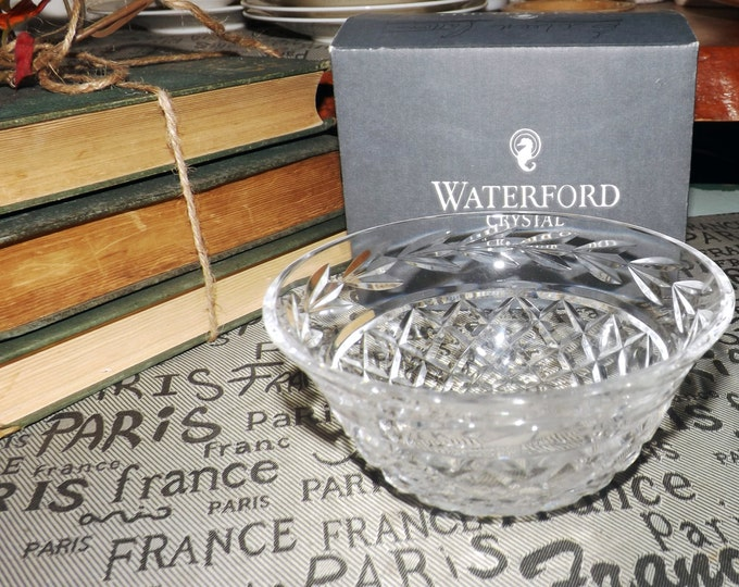 Vintage (1980s) Waterford Lismore flared-rim candy or small serving bowl. Original box. Hand-cut diamond-shape crystal, made in Ireland.