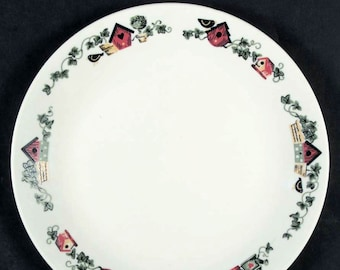 Vintage (mid 1990s) Corelle | Corning | Corningware Garden Home large dinner plate. Birdhouses and potted ivy. Made in USA.