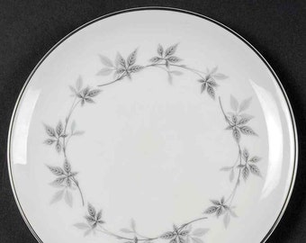 Vintage Royal Doulton Kimberly H4961 bread, dessert, side plate made in England. Sold individually.