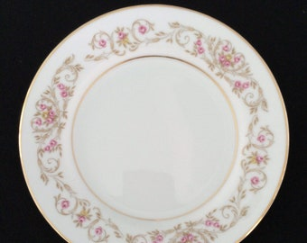 Vintage (1980s) Royal Cameo Japan Winona pattern 4703 bread-and-butter, dessert, or side plate. Pink flowers, gold edge and center band.