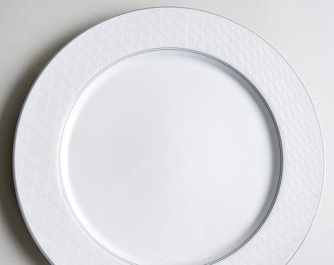 Vintage (1987) Studio Nova Pyramid White large dinner plate made in Japan. Sold individually.