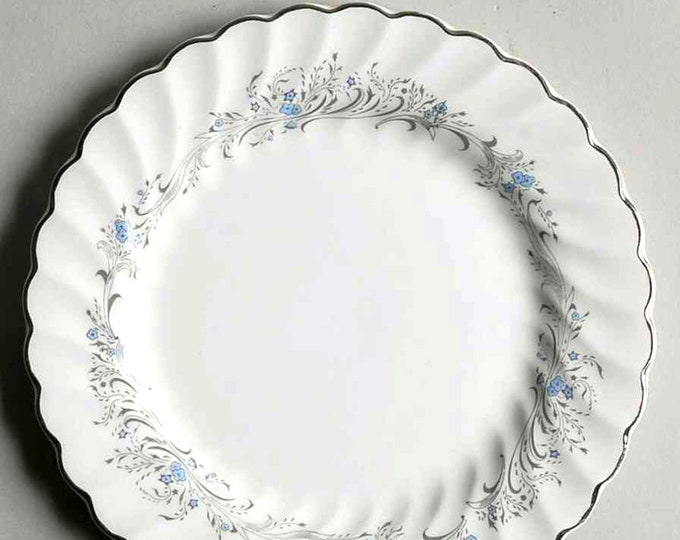Vintage (1960s) Sovereign Potters Charmian R110-62 bread-and-butter, dessert, or side plate.