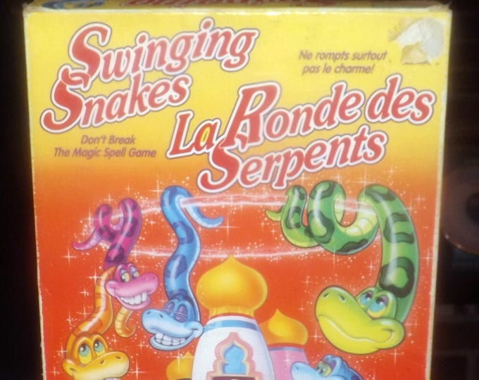 Vintage (1993) Swinging Snakes board game published by Parker Brothers. Canadian English | French issue. Complete.