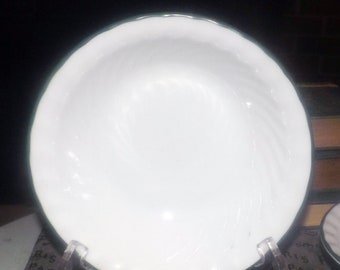 Vintage (1995) Corelle | Corningware Callaway pattern cereal, soup, or salad bowl. White with green rim, swirled verge. Made in USA.