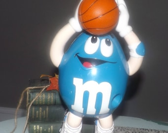 Vintage (1995) M&Ms | Mars Inc sports series candy dispenser.  Mr. Blue with basketball.