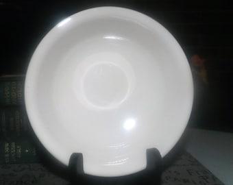 Corelle | Corning USA | Corningware Sandstone all-beige fruit nappie, dessert, sauce, or berry bowl. Discontinued 2010.
