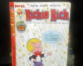 Harvey Comics (1979) Richie Rich The Poor Little Rich Boy No. 177 comic book   graphic novel.