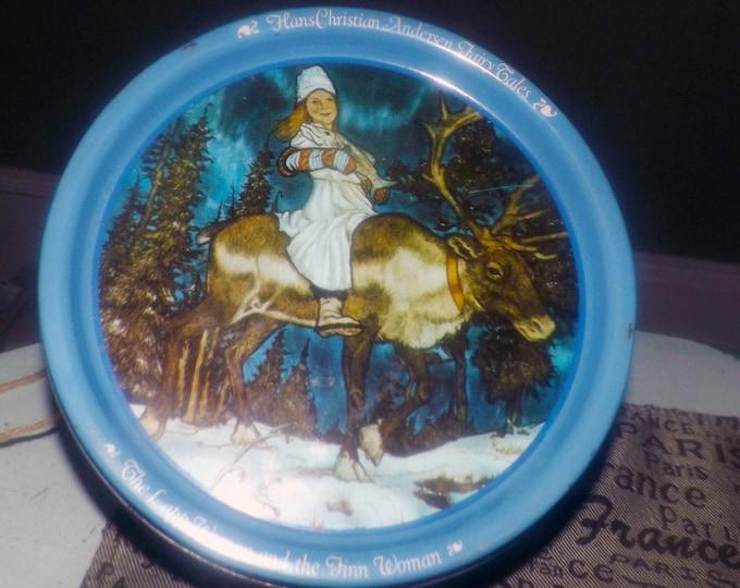 Vintage (1983) Hans Christian Anderson Fairy Tales Kjeldsens tin featuring illustrations of Michael Hague. The Lapp Woman & the Finn Woman
