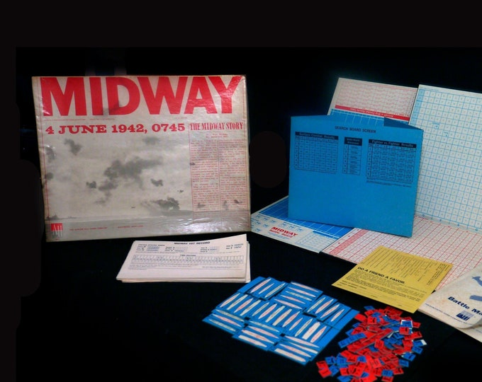 Vintage (1975) Midway 1942 WWII Naval Air Battle military combat war board game. Avalon Hill. Complete. Made in the USA.