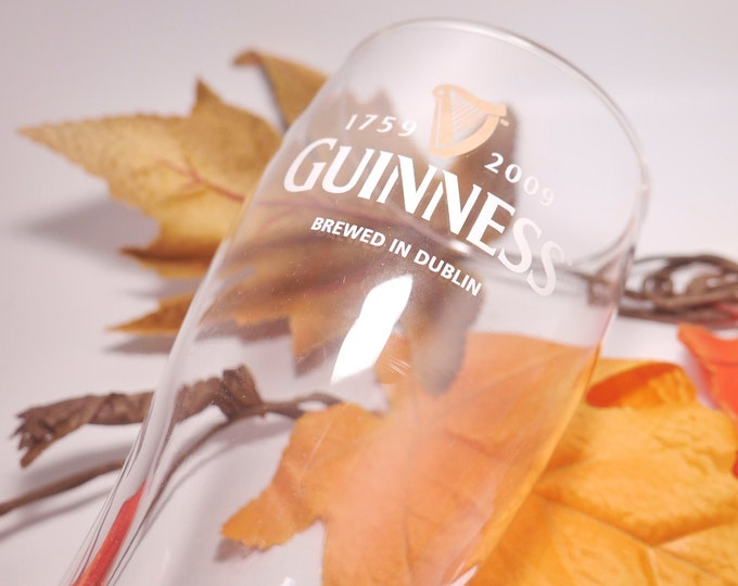Guinness bicentennial special-edition Harp Logo pint glass. 250 Years of Guinness 1759 - 2009. Etched-glass branding.