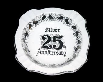 Vintage (1970s) Saji 25th Silver Anniversary ashtray made in Japan. Platinum bells, filigree, wording.