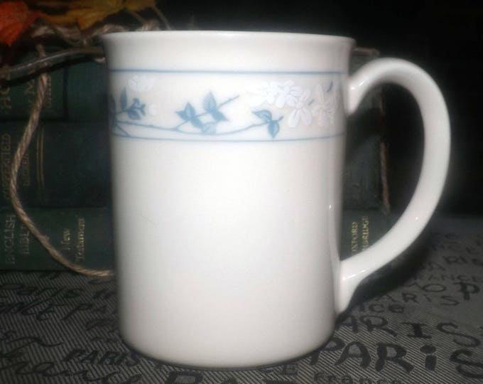 Vintage (1980s) Corelle First of Spring cup | mug.  Made in USA.