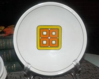 Vintage (late 1960s   1970s) Ridgway Grenada cereal bowl. Retro orange, green, yellow geometric center, green band.
