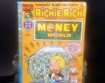Harvey Comics (1979) Richie Rich Money World No. 40 comic book   graphic novel.