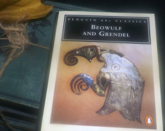 Vintage (1995) paperback mini book Beowulf and Grendel. Penguin 60s Classics. Complete.