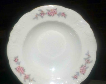 Mid-century Wawel WAV21 rimmed soup bowl made in Poland.