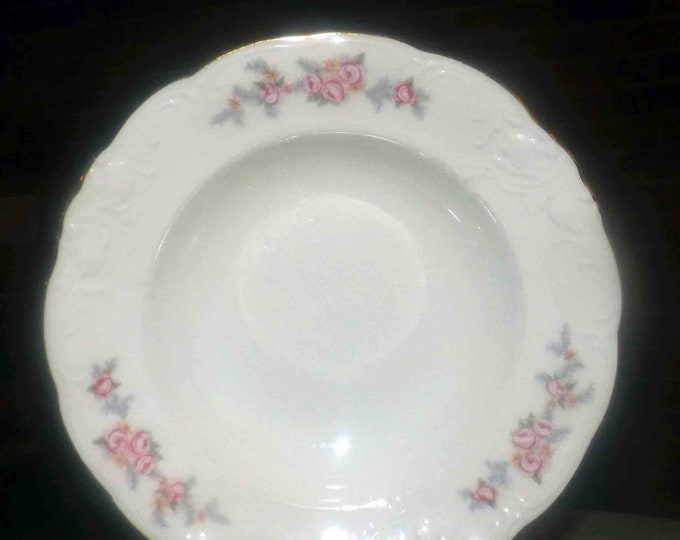 Mid-century (1950s) Wawel WAV21 rimmed soup bowl. Pink carnations, gray leaves, yellow flowers scalloped gold edge, embossed details.