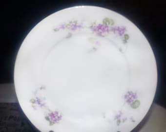 Early mid-century (1940s) Victoria China Austria VTO222 salad or side plate. Sprays of pink flowers, violets, gold edge. Flawed (see below).